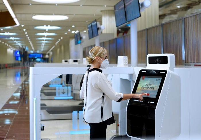 Emirates rolls-out self-check-in options in Dubai | News